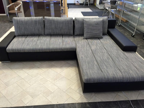 "Sectional ""Orkana"" in Black PU Leather / Grey Fabric"