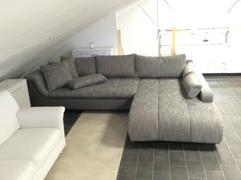 "Sectional ""Blanca"" in Grey PU Leather / Grey Fabric"