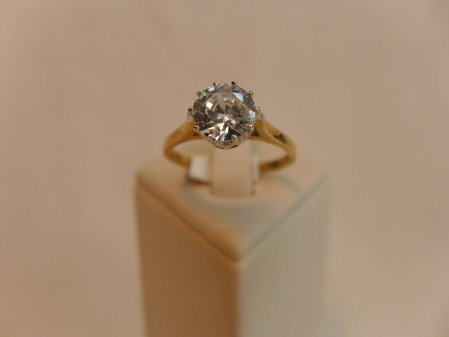 9Ct Solitaire Brilliant Cut CZ Ring