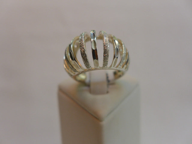 Stg Silver Open Style Patterned Ring