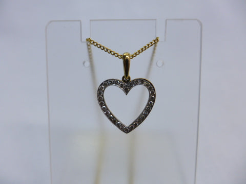 9Ct Gold Diamond Heart Pendant w Chain
