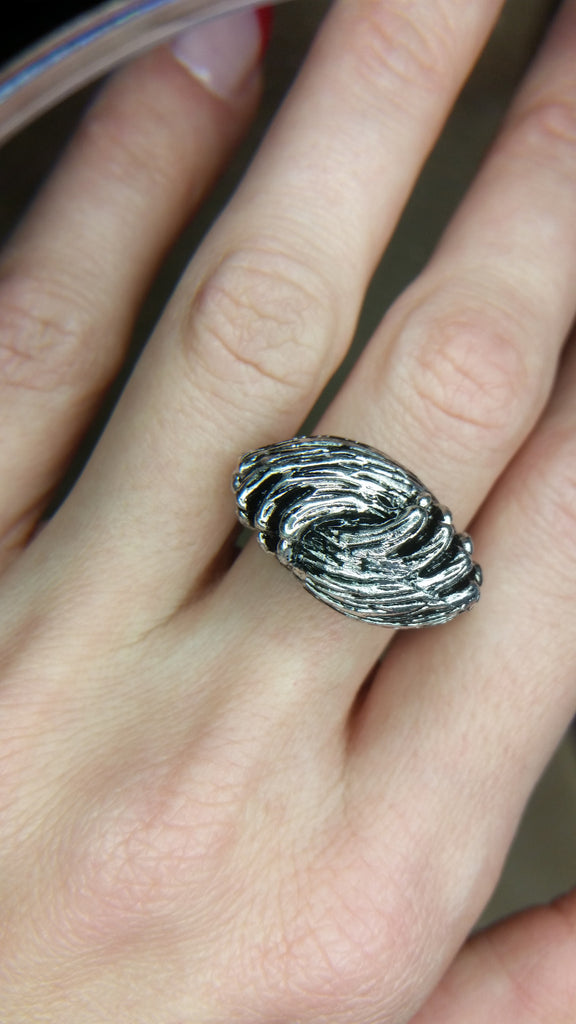 Hugging Paws Ring