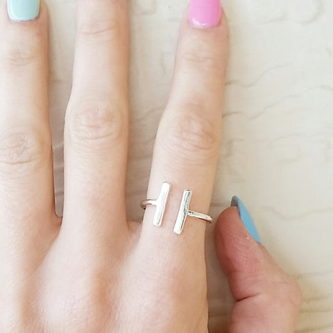 Parallel Lines Ring