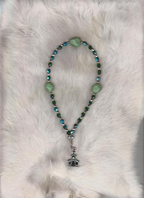Green Church Prayer Beads in Anglican rosary style