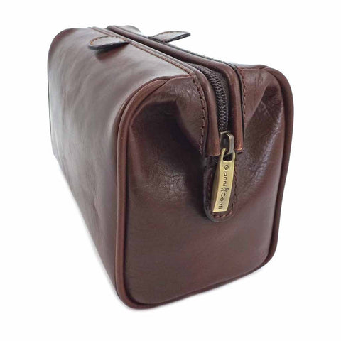 Gianni Conti Leather Wash Bag - Style: 9405000