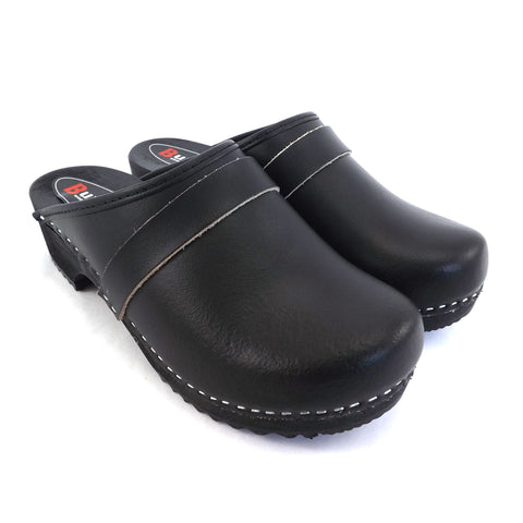Buxa Traditional Wooden Clog - Black