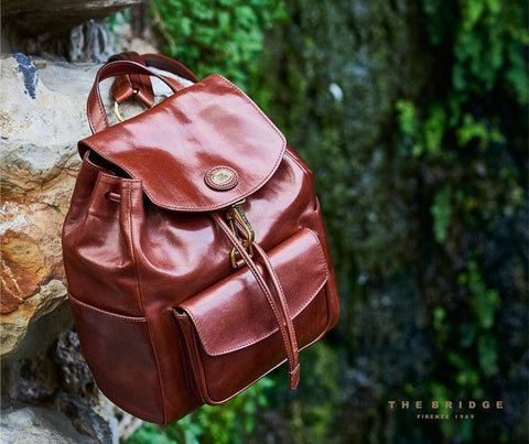 The Bridge Medium Backpack Bag - Style: 04704201