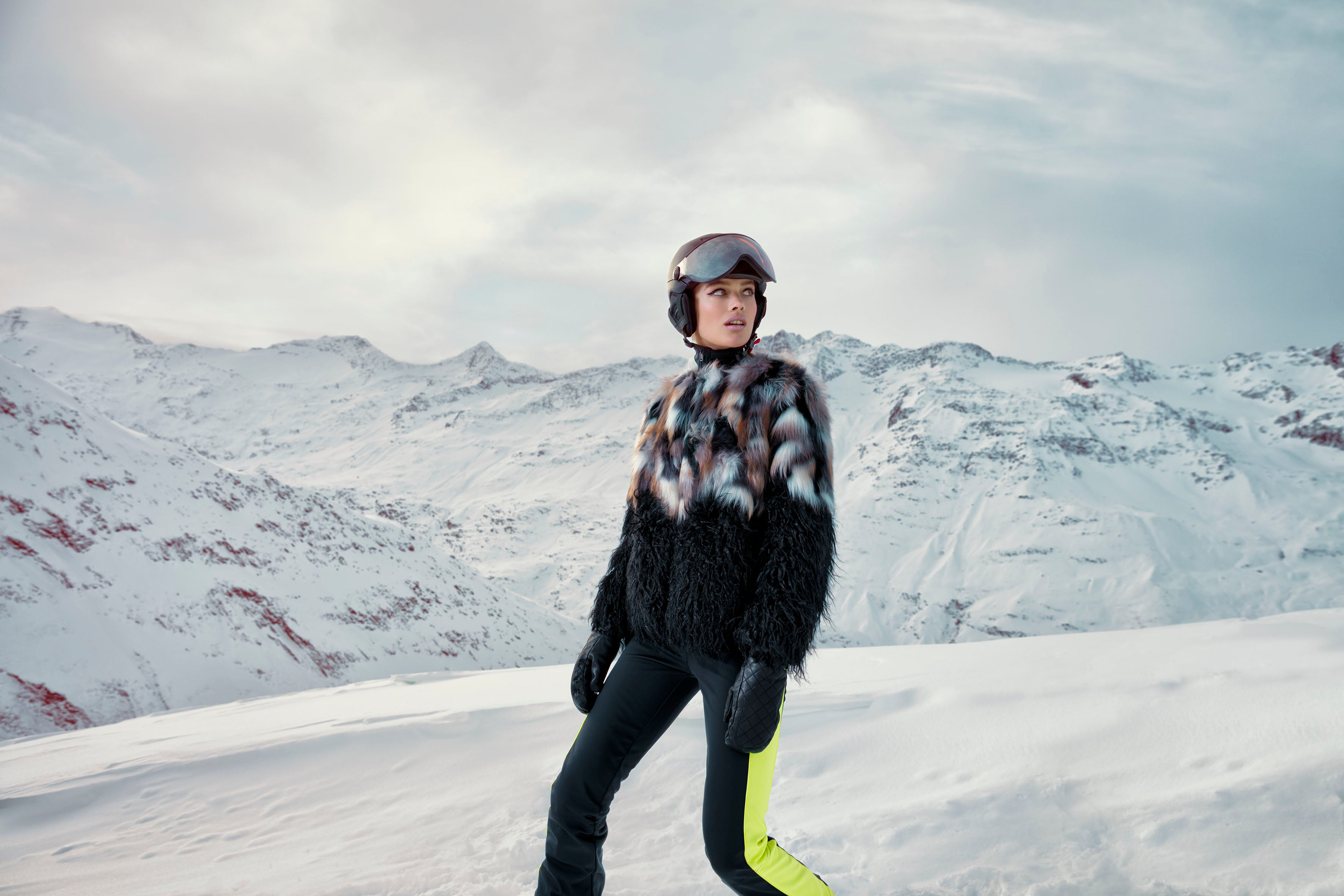 Gift guide for women skiers Winter 18