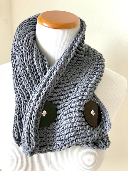 Aube crochet mini wrap pattern