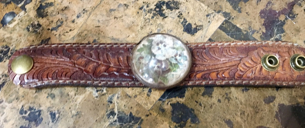 1880s Victorian Floral Horse Birdle Cuff