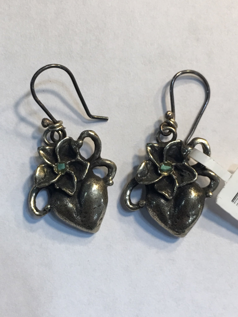 Colonnes Heart Earrings
