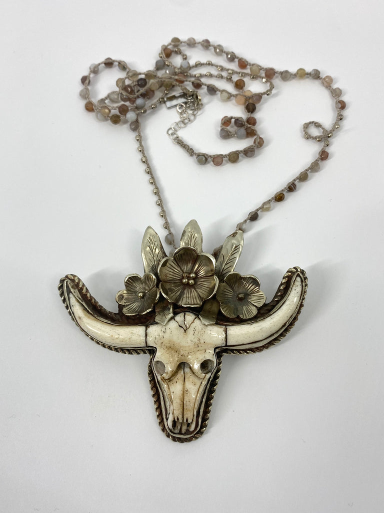 "Sterling Carved Bone Longhorn 32"" Necklace Flowers"