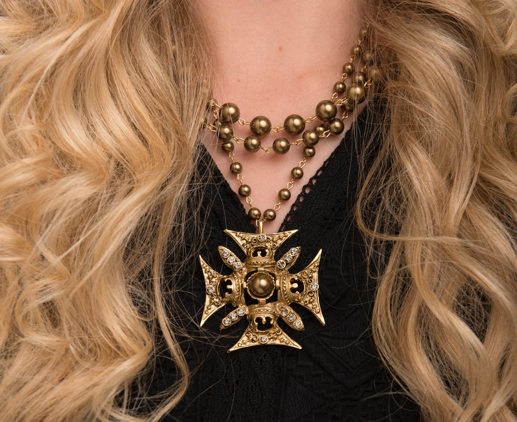 DARK MAGDALENA Gold beads