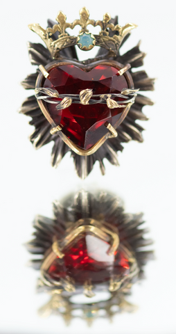Gorgeous Sacred Heart Hand Cut Red Glass Ring with Thorns