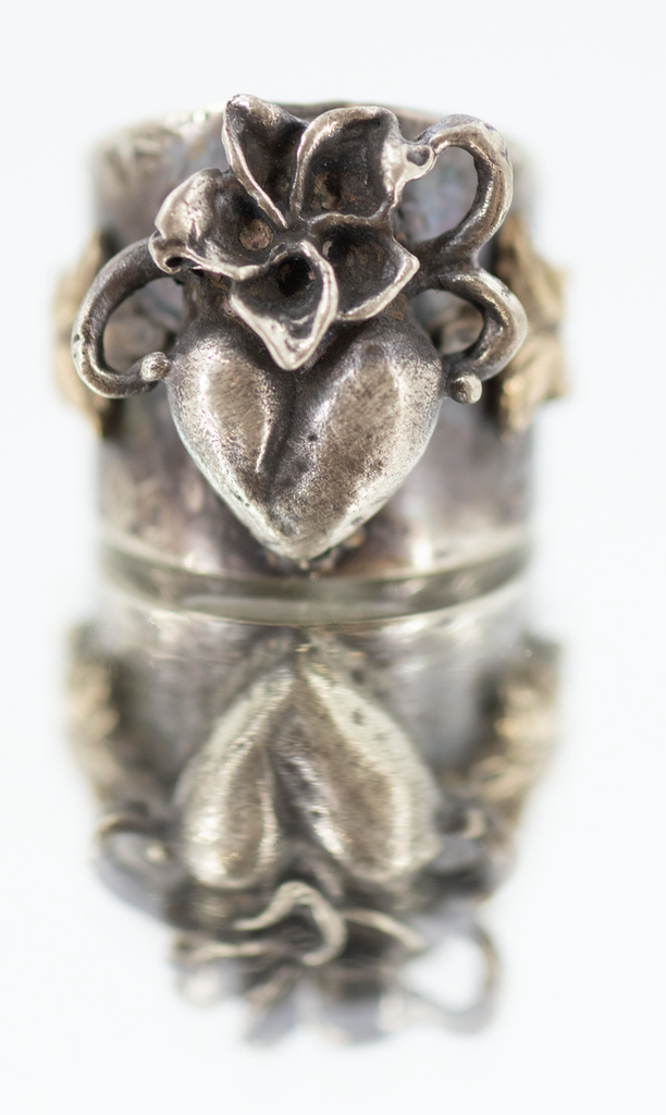 Victorian Heart with Flowers Band Ring