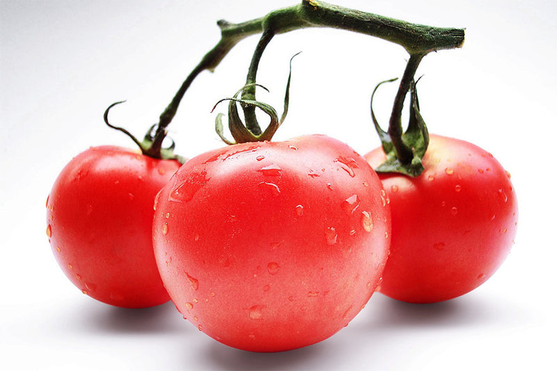 The Benefits of Applying Tomatoes Topically