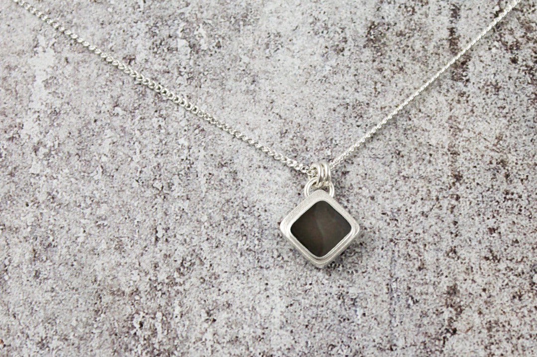 pathum necklace