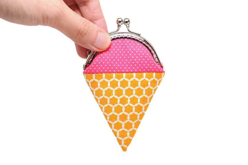 Bubblegum ice cream mini coin purse