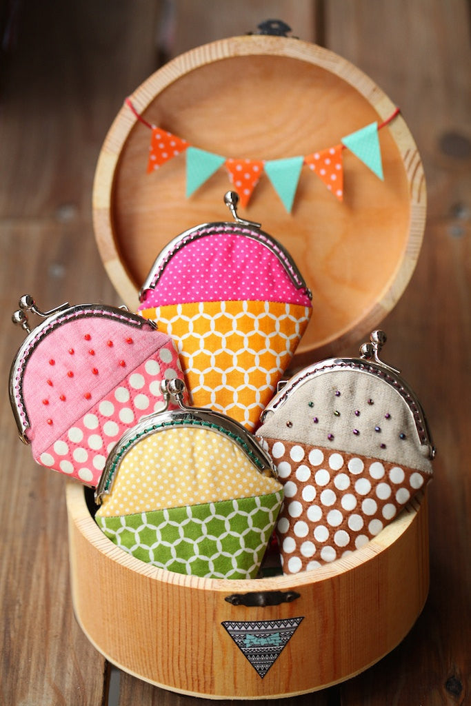 Strawberry ice cream mini coin purse