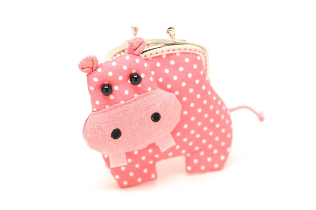 Little romantic pink hippo clutch purse
