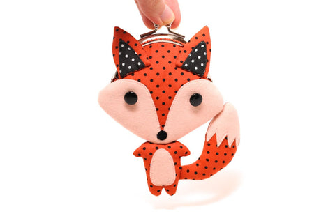 Little cunning red fox clutch purse