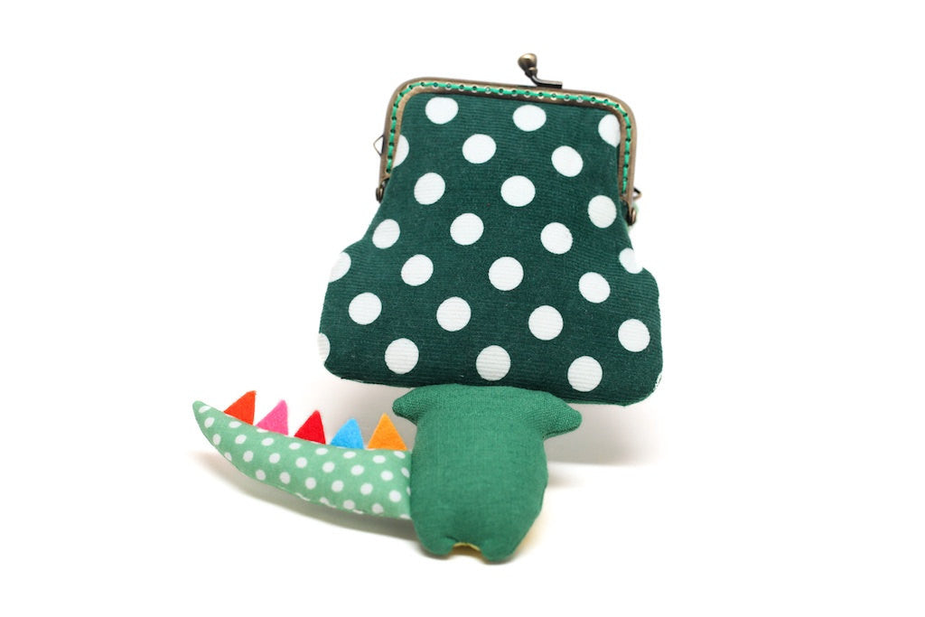 Little cactus green crocodile clutch purse