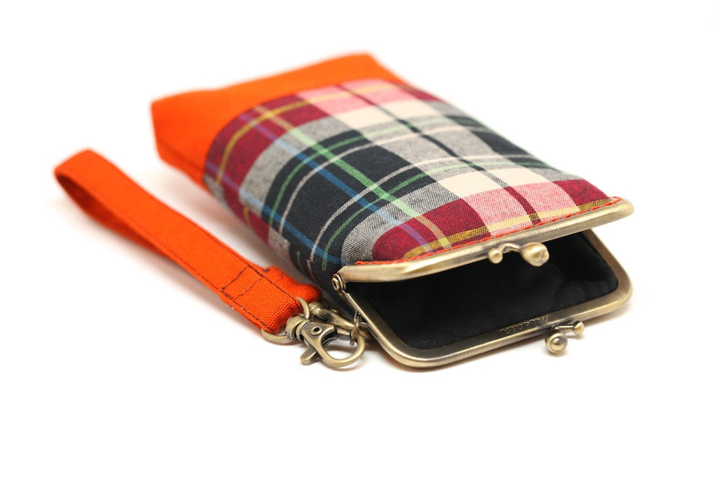 Orange tartans smartphone kisslock sleeve