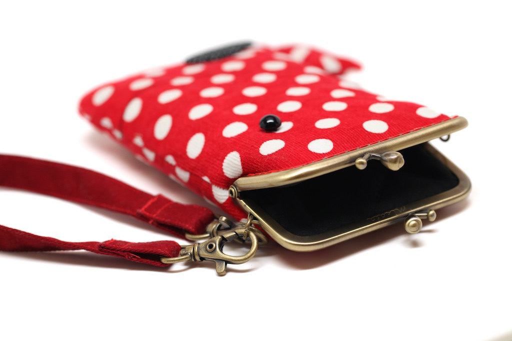 Rosy red whale smartphone kisslock sleeve