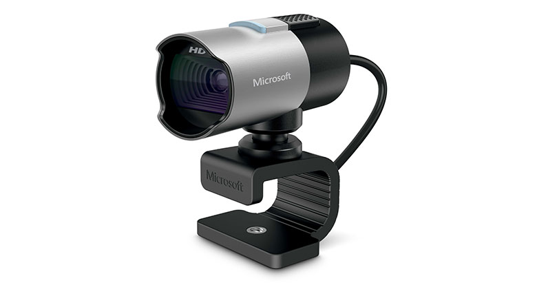 Enjoy a superior HD video quality with the LifeCam Studio
