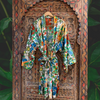 """Frida in the Jungle"" Kimono in Blanco"