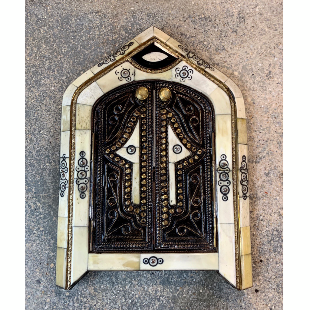 Blanco Hamsa Temple Door Mirror