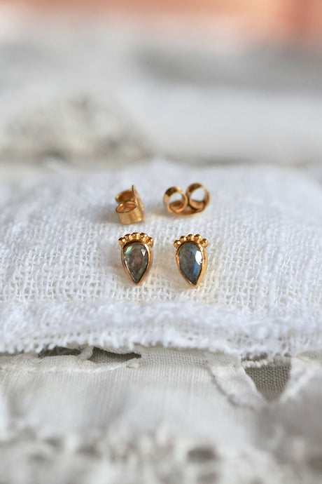 Lonely Heart Earring - Roma Gift & Gourmet