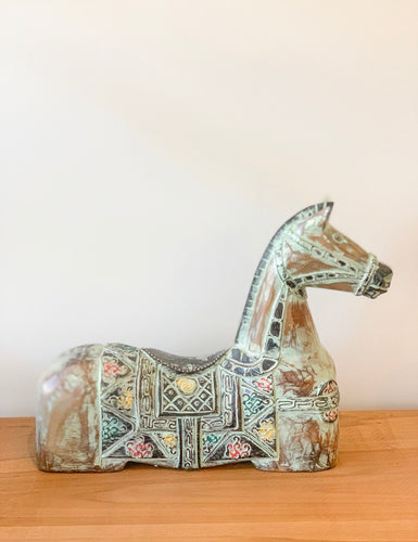 Sitting Horse - Roma Gift & Gourmet