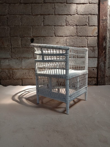 Malawi Chair Solid White - Roma Gift & Gourmet