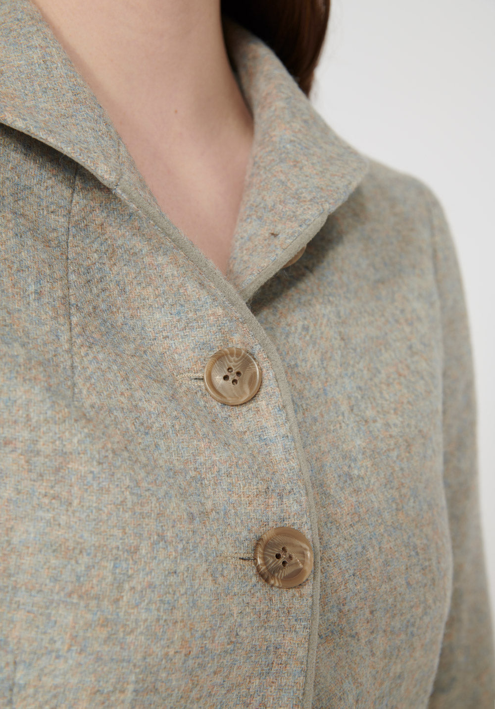 Alexander Jacket | Lilac Wool closeup collar