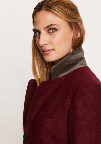 Hacking Jacket in Claret