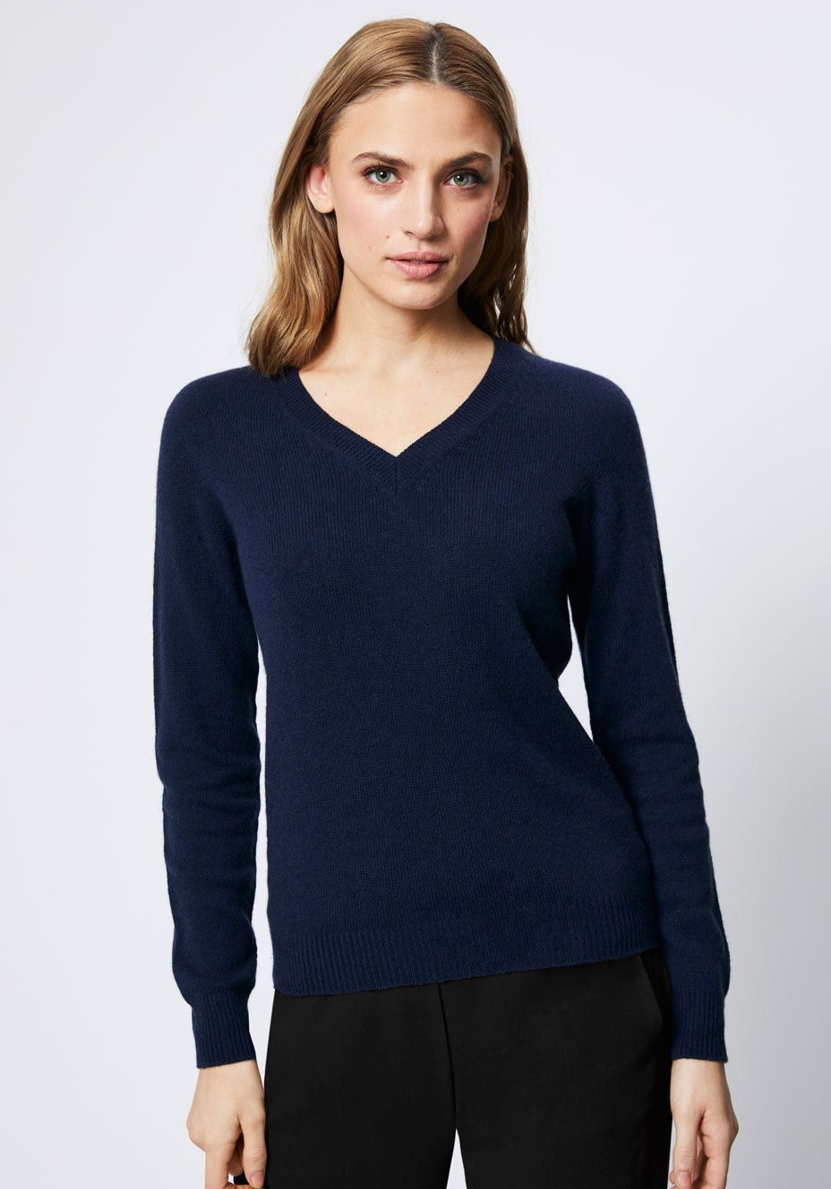 V-Neck Cashmere Jumper | Navy