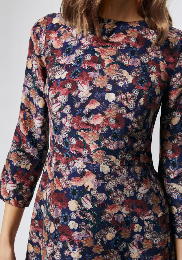 Autumn floral print midi dress close up