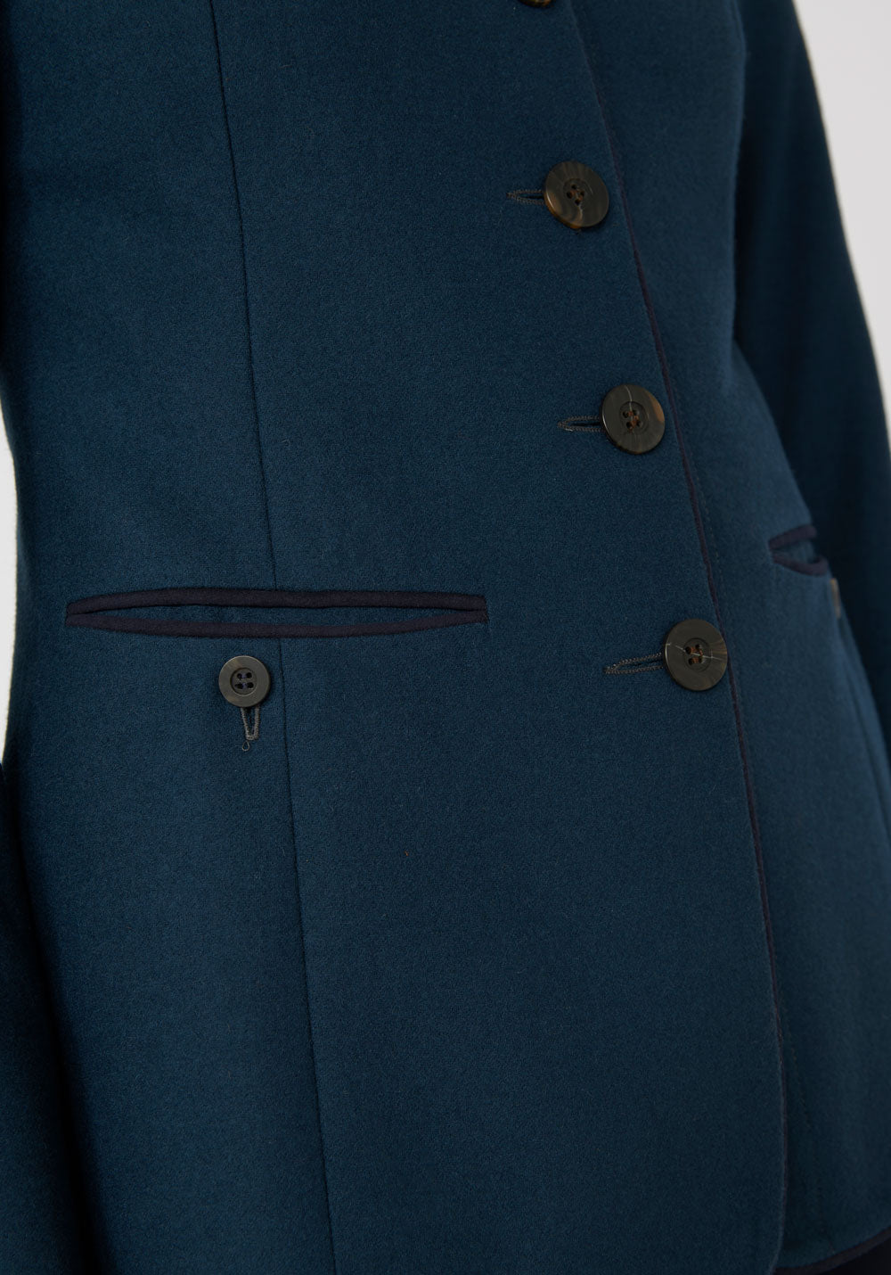 Patmos Jacket Antique Blue (Close up)