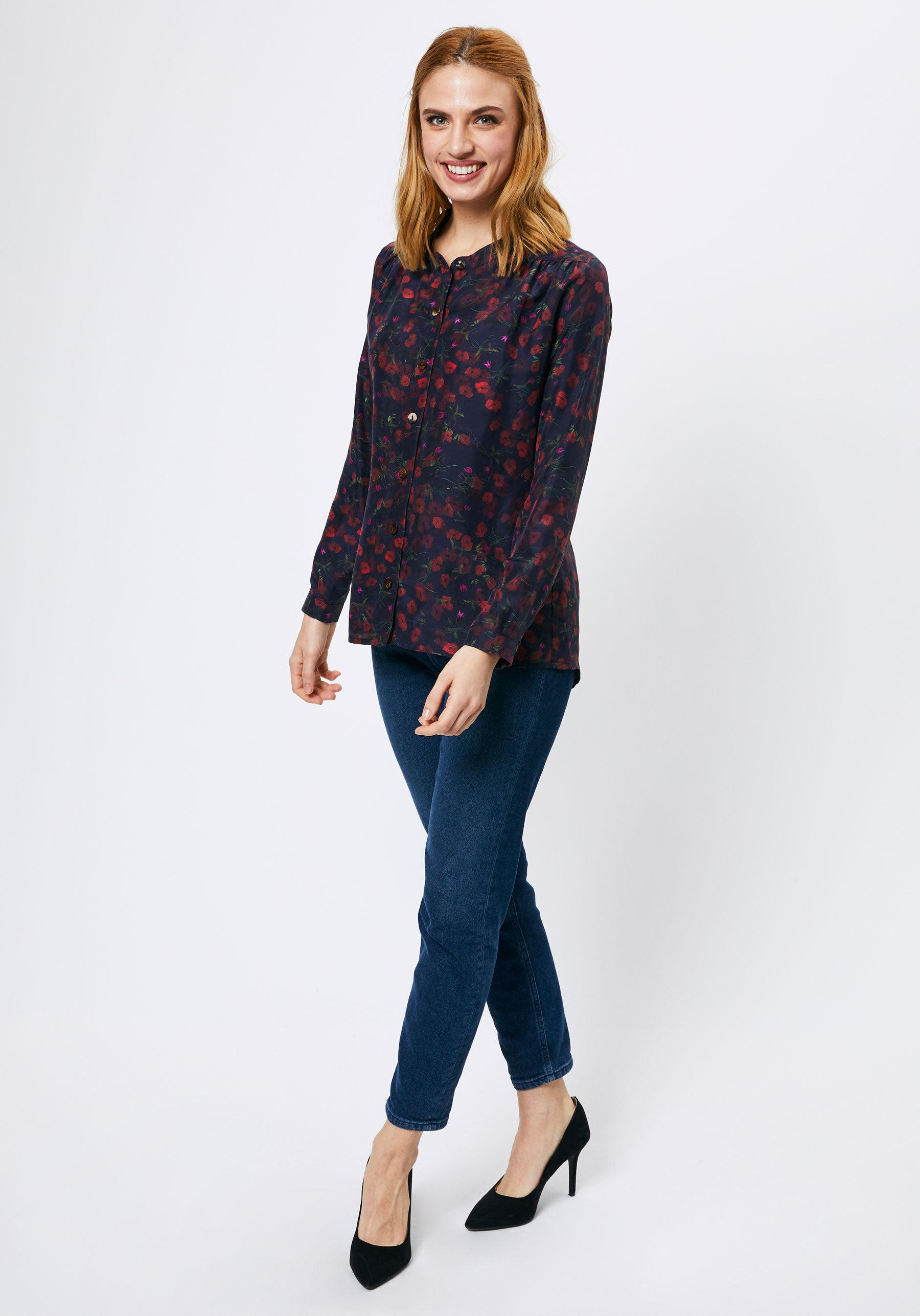 Harkness Shirt in Navy Pablo Print