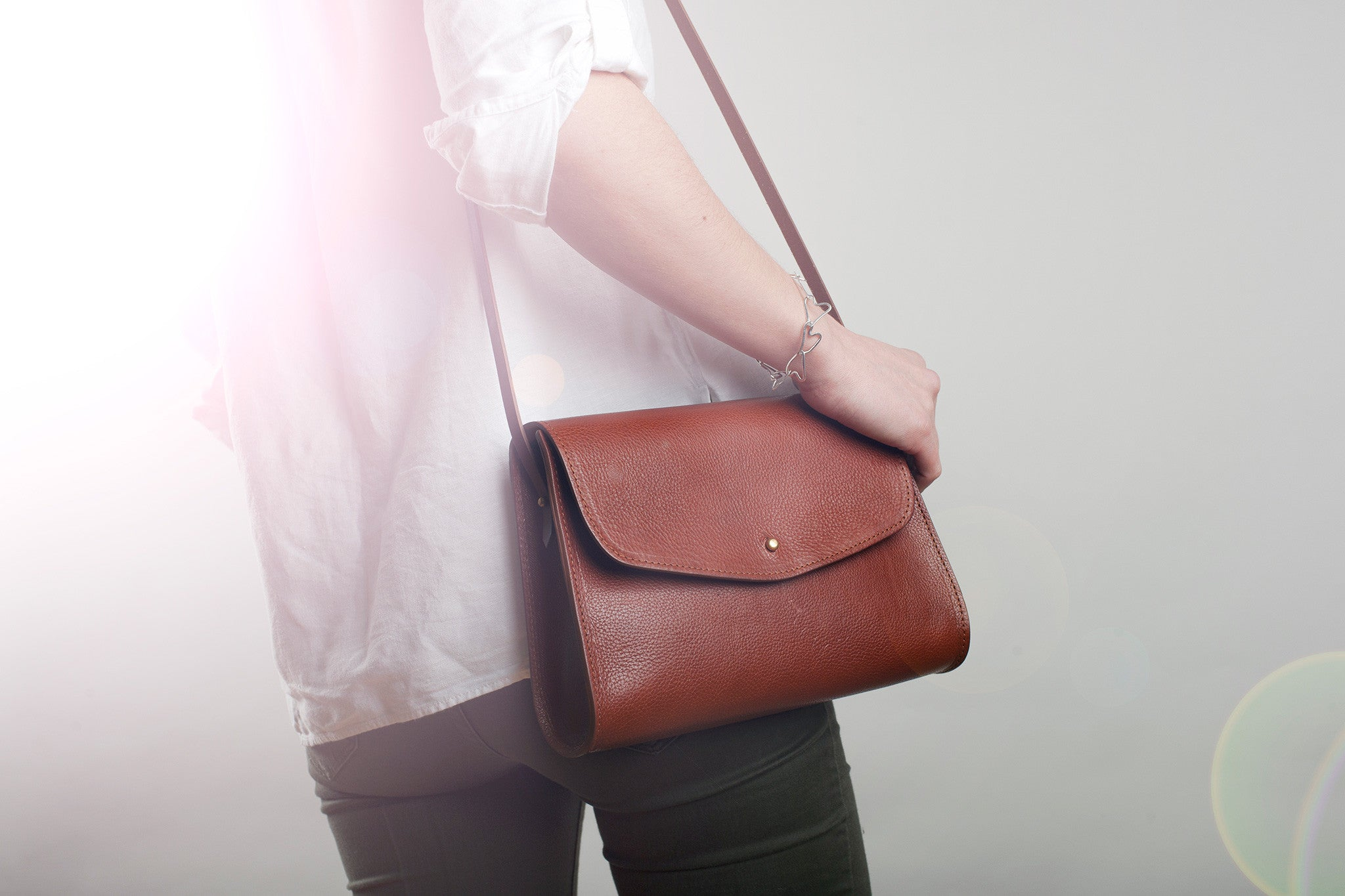 The Poppy Shoulder Bag Tan