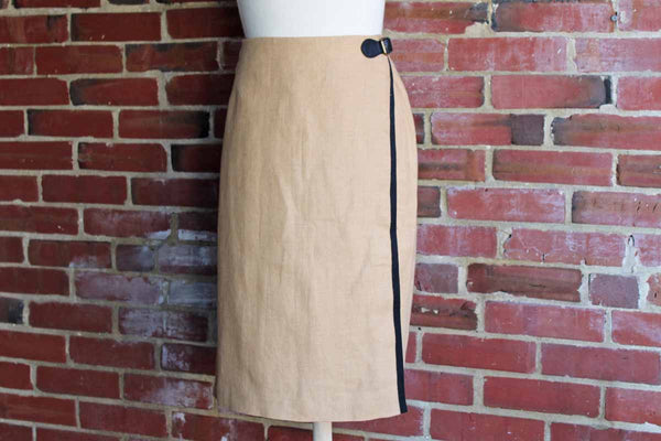 Ralph Lauren (USA) Tan Linen and Cotton Wrap Skirt with Leather Buckle, Size 10