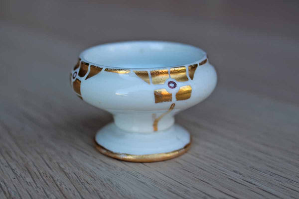 Small White Porcelain Pedestal Bowl with Gold Art Deco Design