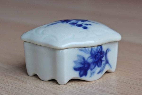 Limoges (France) Small Porcelain Lidded Box Decorated with Blue Flowers