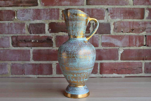 Stangl (New Jersey, USA) Hand Painted Brushed Gold on Green Pitcher