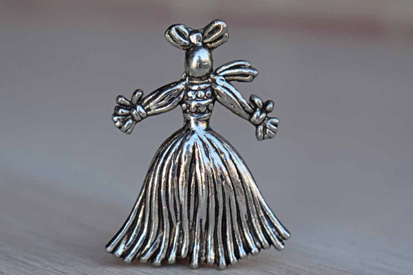 Female Corn Husk Doll Brooch