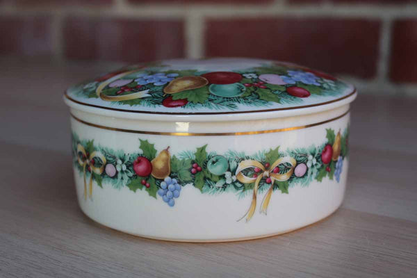 Mikasa (Japan) Christmas Bouquet Round Ceramic Box with Lid