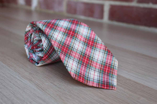 Rooster Ruffler Collection (Ohio, USA) Red Plaid Cotton Necktie