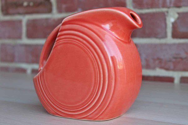 Homer Laughlin China Company (West Virginia, USA) Rose Fiestaware Handled Disc Pitcher