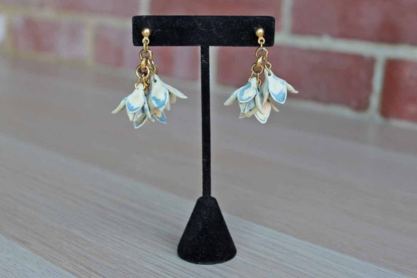 Dangling Ivory and Blue Flower Pierced Earrings